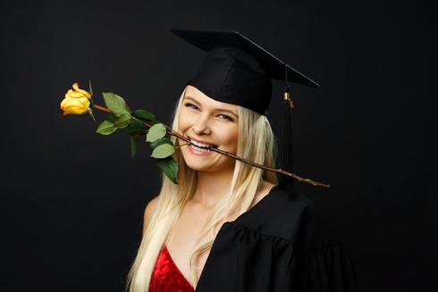 Grad Studio Photo Session Portrait - Nicole