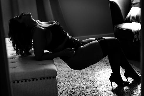Silhouette Boudoir - Sexy and Elegant