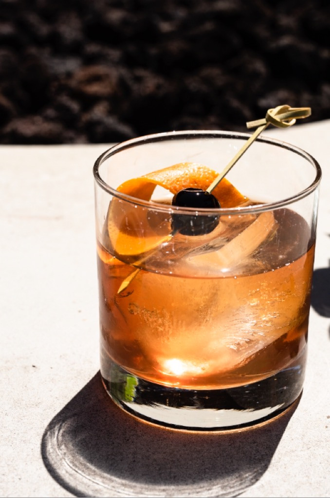 Natural lighting drink photography