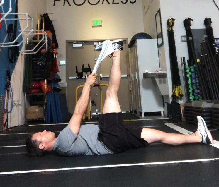 Supine Hamstring Towel Stretch I Poise Fitness I Hermosa Beach 90254 I Gym Warm Up