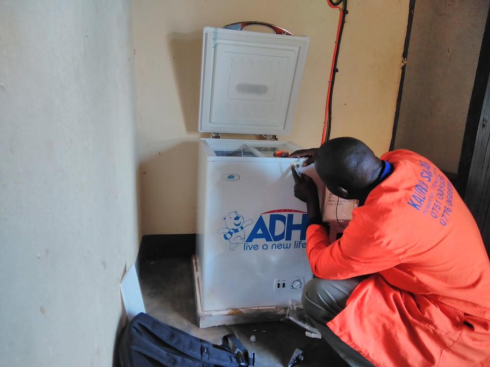 mpunde-health-center-solar-fridge