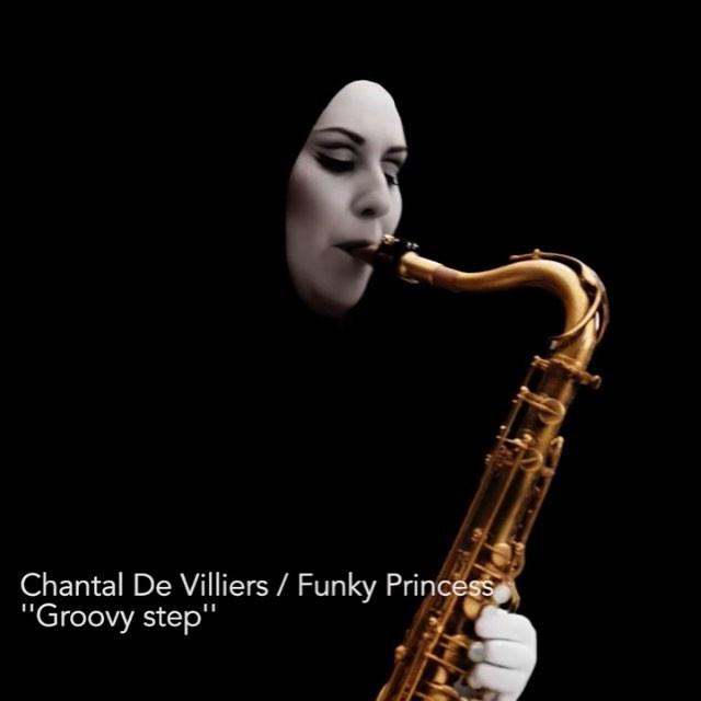 Chantal De Villiers - Vidéoclip '' Groovy step''