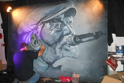 Performance hommage au chanteur de Prabellum.