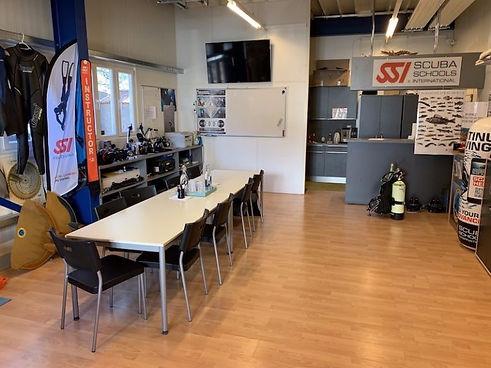 ssv_classroom-768x576_med_hr_edited.jpg