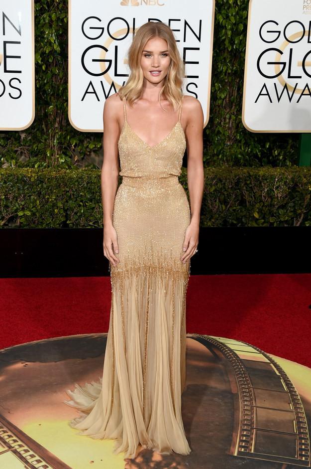 Rosie Huntington-Whiteley+Golden+Globes+2016