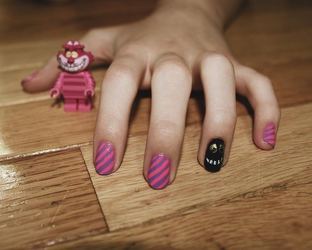 Cheshire Cat Nail Art