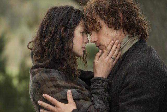 Outlander+Claire+Jamie_1