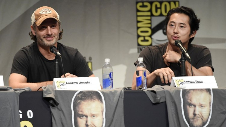 Andrew_Lincoln__Steven_Yeun_The_Walking_Dead_panel