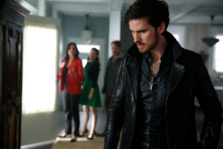 COLIN O'DONOGHUE (FOREGROUND)