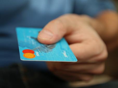 ¿Por qué mi negocio debería aceptar pago con tarjeta?