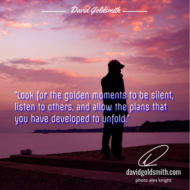 00038 INSTA Golden Moments to Be Silent.