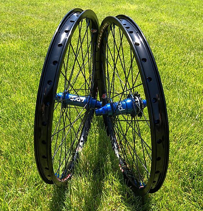 Crupi Expert Plus 20 x 1.50 Wheels ( Pick Your Color )