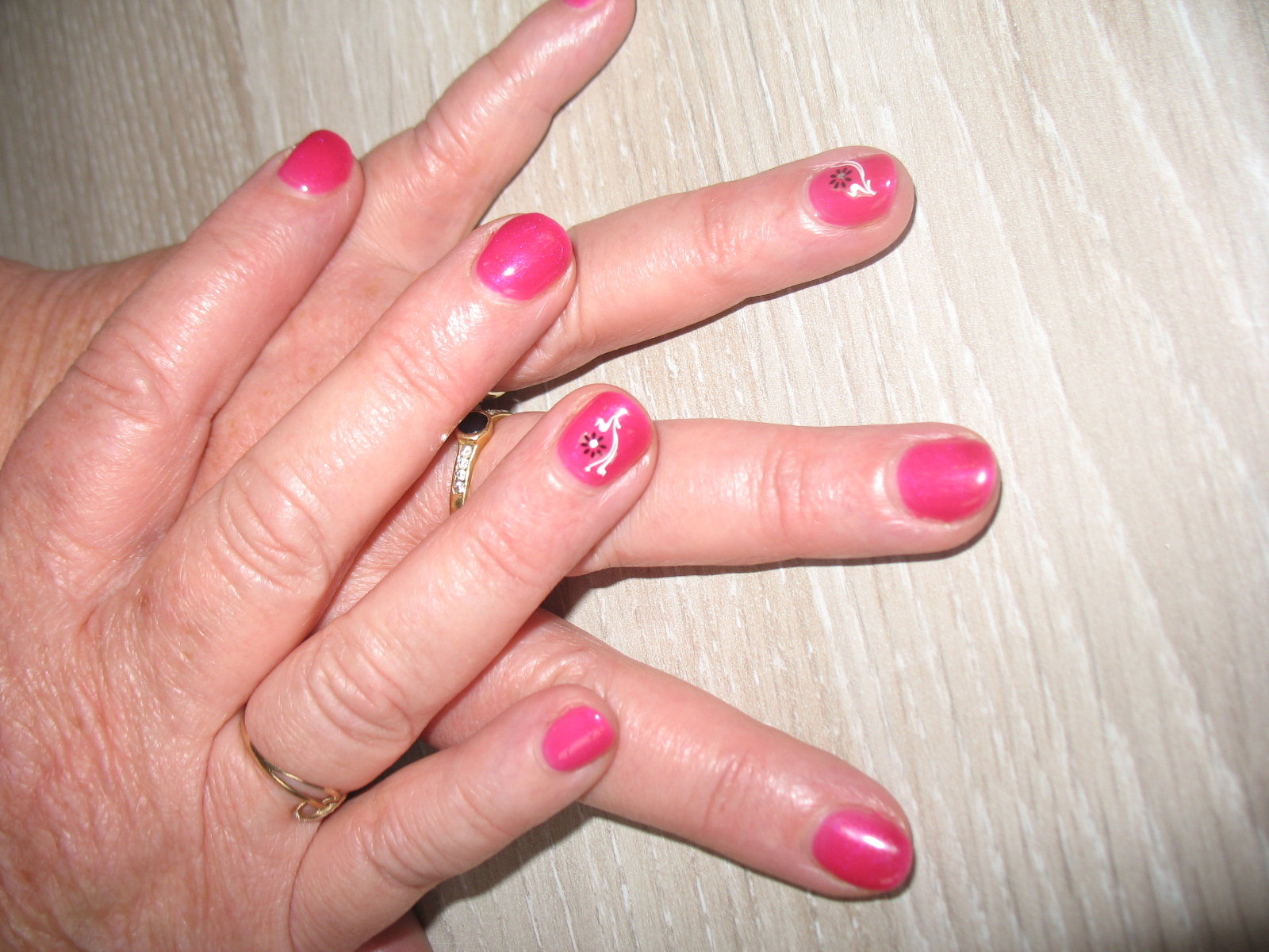 vernis semi-permanent protect and peel (1)