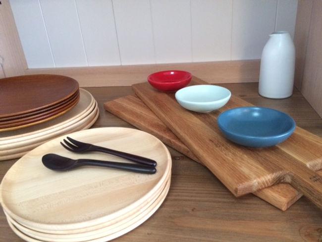 Bison ceramics, Sandsmade cheeseboard, cake fork cake spoons, tableware