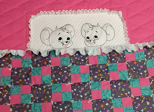 "Woodland Mice Quilt/ Baby Quilt / Lap Quilt 35""x44"""