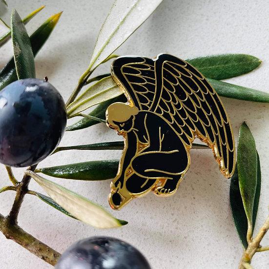 Black & Gold Iris Pin