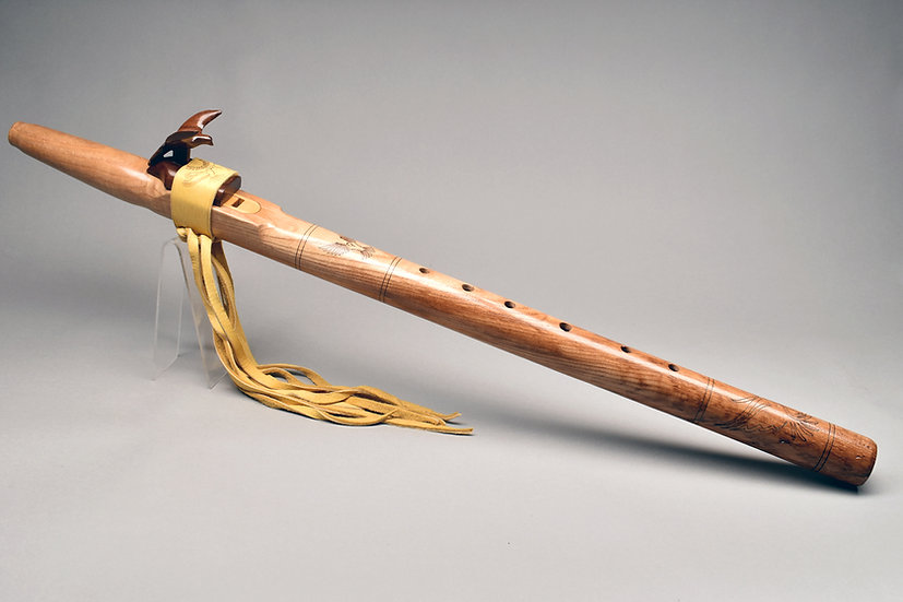 Native American style flute Key Eb