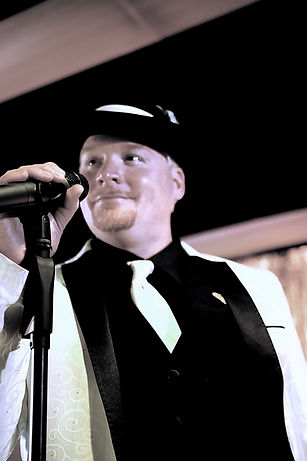 Michael Wall Lead Singer for Uptownphunkband