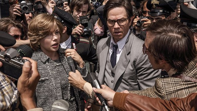 "Michelle Williams y Mark Wahlberg en ""All the Money in the World"""