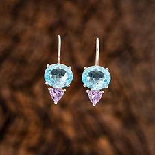 Blue-Topaz-facetted-oval-wtih-Brazillian
