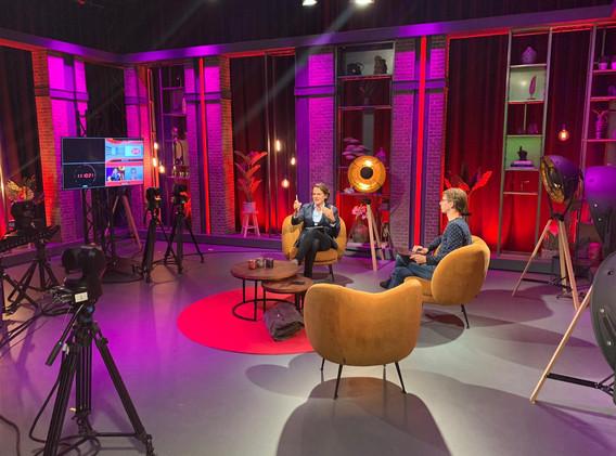 Gerben van Driel in studeio Q Broadcasting.jpeg