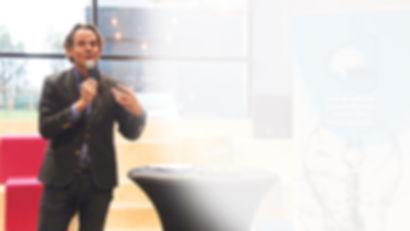 Gerben van Driel als dagvoorzitter op het Arbeidsmarkt Innovatie Event