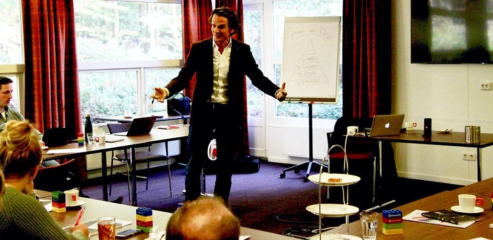 Gerben van Driel geeft een presentatietraining