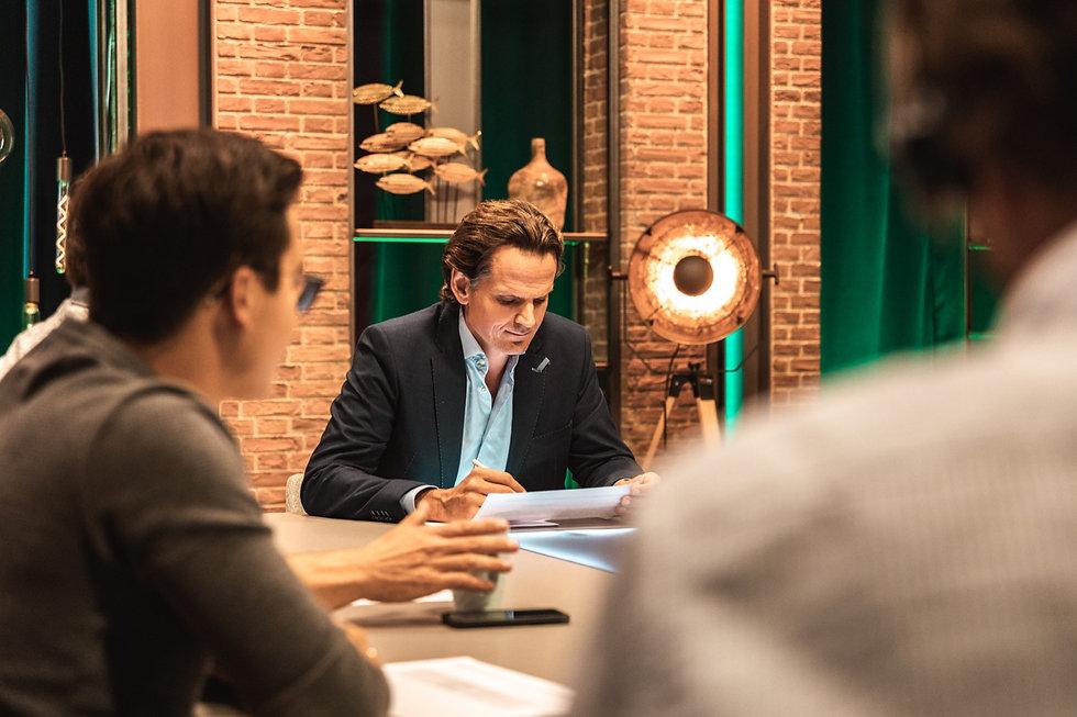 Gerben van Driel bereidt zich voor op presnetatie online webinar