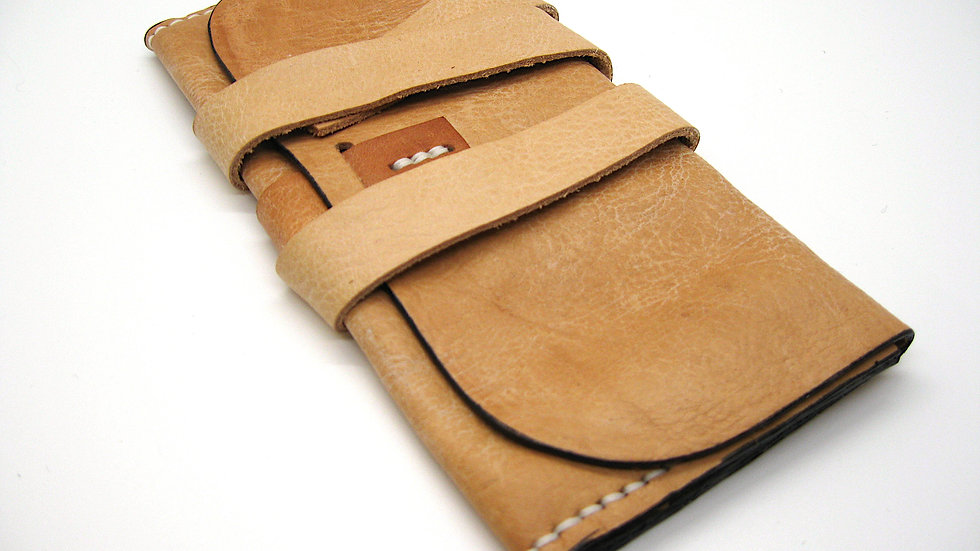 Simple Gusset Leather Clutch, Leather wallet women's (Milled Leather)