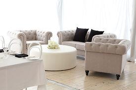 lounge setting.JPG