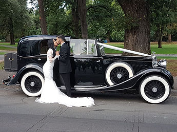 always-classic-cars-wedding-car-provider