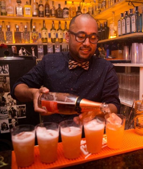 Alex Miranda, do Mixxing Bar