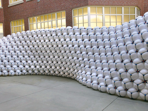 Pneuhaus Pneumatic Masonry No. 3 Interactive Art Inflatable Art Modular Design Hands On Workshop Learning Experiential Art Inflatable Architecture Visiting ARtist Public Art Educational Art Group Build Packing of Spheres Experimental Sculpture
