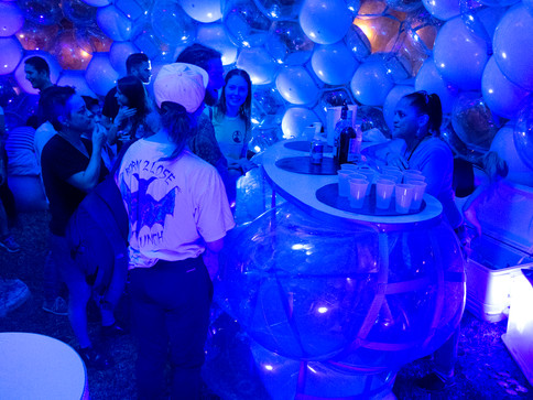 Pneuhaus Pneumatic Masonry No.1 Inflatable Art Architecture Public Art Festival Art  Modular Design Event Design Experiential Installation Futuristic Clear Sphere Temporary Event Architecture Experimental  Building System Lightweight Architecture Textile Art Bar Party Inflatable Furniture