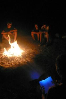 veillée au feu de camp