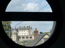 vue-sur-chateau-depuis-chambre-gite-le-Belvedere