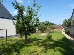 jeux-dans-jardin-gite-le-Belvedere-les-terrasses-royales