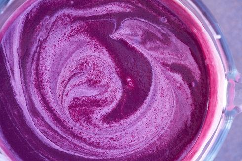 acai-bowl-smoothie-preparation-with-blen