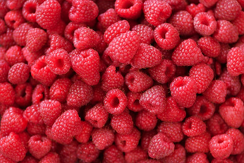fresh-organic-raspberries-with-mint-leav