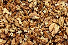 nuts-3879142_640.jpg