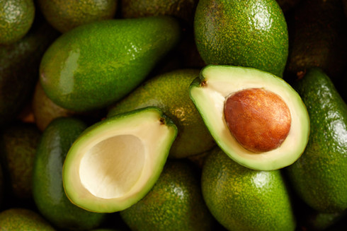 bunch-of-fresh-avocados-in-the-organic-f