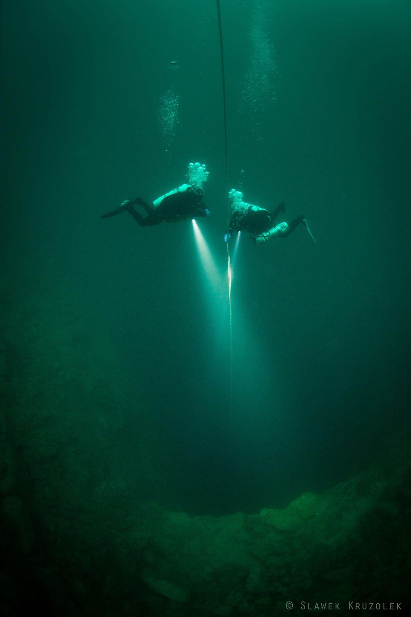Diving Explorers