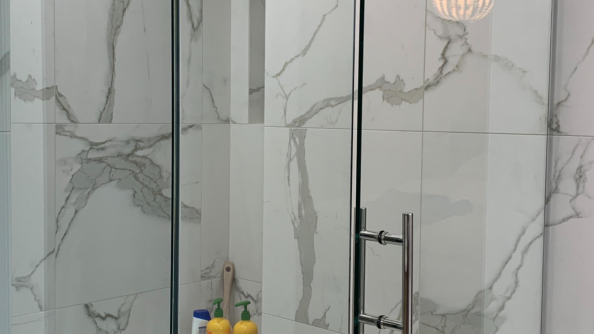Master - Shower