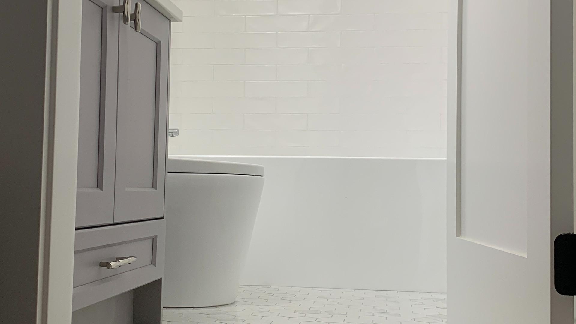 Bathroom 4 - Contemporary Craftsman