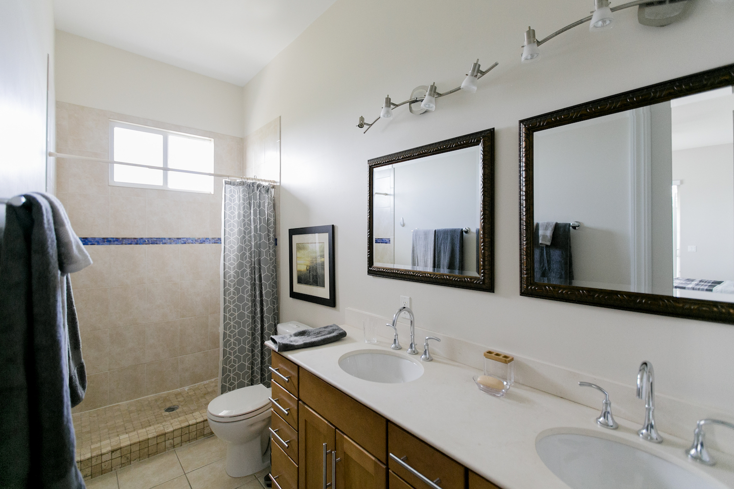 Voyage Recovery Center | Bathrooms