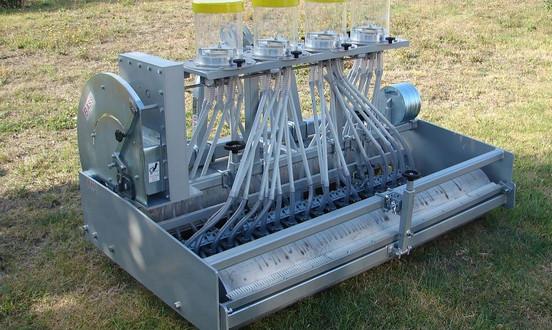 Mechanical Vegetable Seeder SM 2000 Agricultural