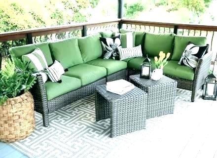 Stuffed cushions for patio furniture