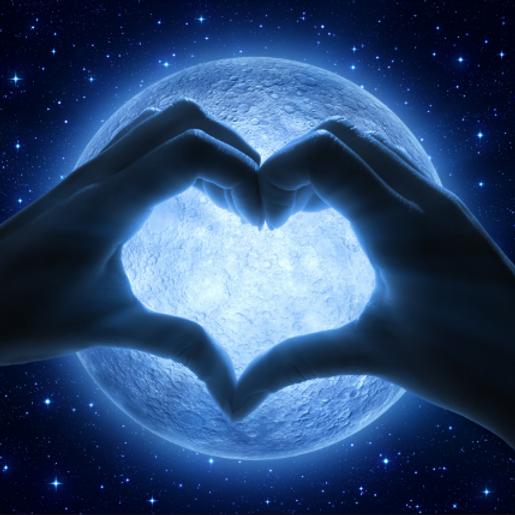 Live Full Moon Ritual Circle