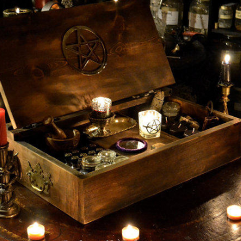 Create your own Travel Altar