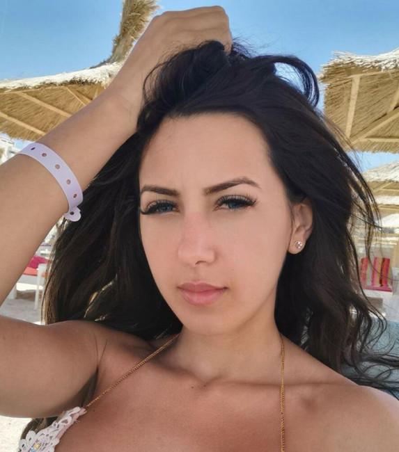 Nina- Russian escort Pattaya booking.jpg